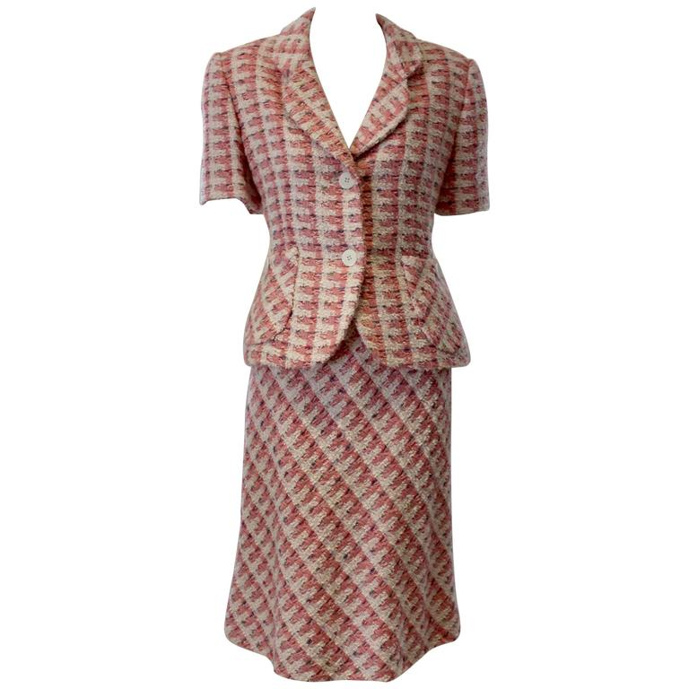 1980s Bill Blass Pink Tweed Two Piece Suit For Sale