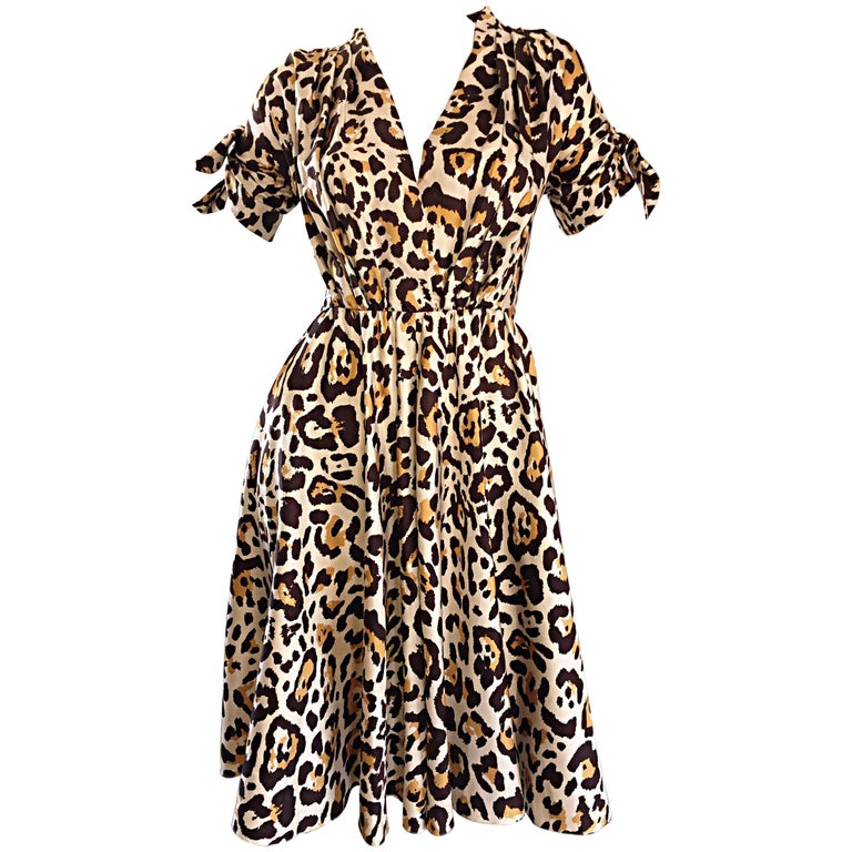 John Galliano Christian Dior Size 10 Leopard Cheetah 1940s Style Silk Dress For Sale