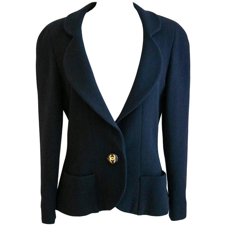 CHANEL Classic Navy Blazer with Logo Button 36 1