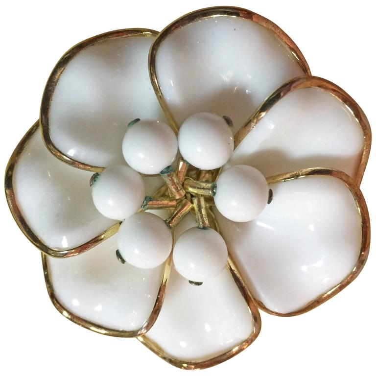 1950s TRIFARI Poured Milk Glass Bezel Set Circular Petalled Flower Pin Brooch For Sale