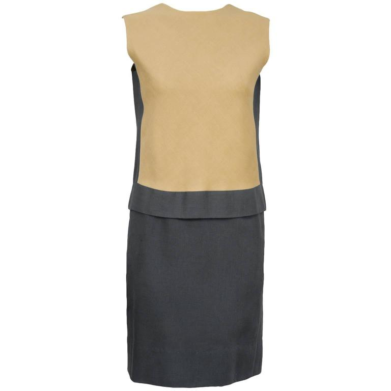 76cd317bf6 1960 s Grey and Tan Linen Shift Dress For Sale at 1stdibs
