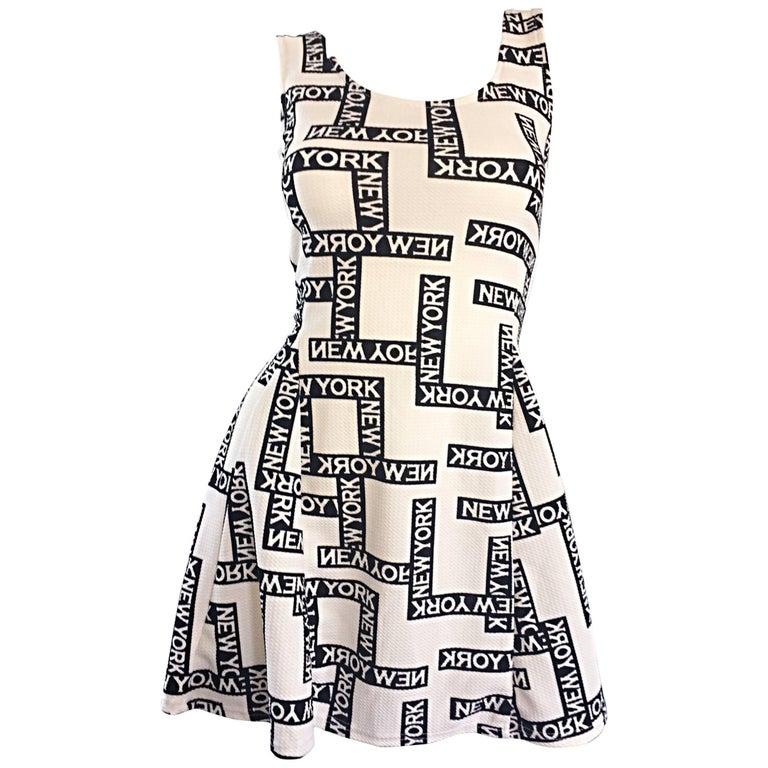"Fiorella Rubino 1990s "" New York "" Black and White Vintage 90s Skater Mini Dress For Sale"