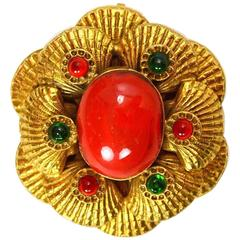 Chanel Vintage 70s/80s Goldtone Seashell Brooch/Pendant w/ Coral Center