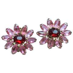 1960s Weiss Red and Pink Glass Clip-On Flower Earrings