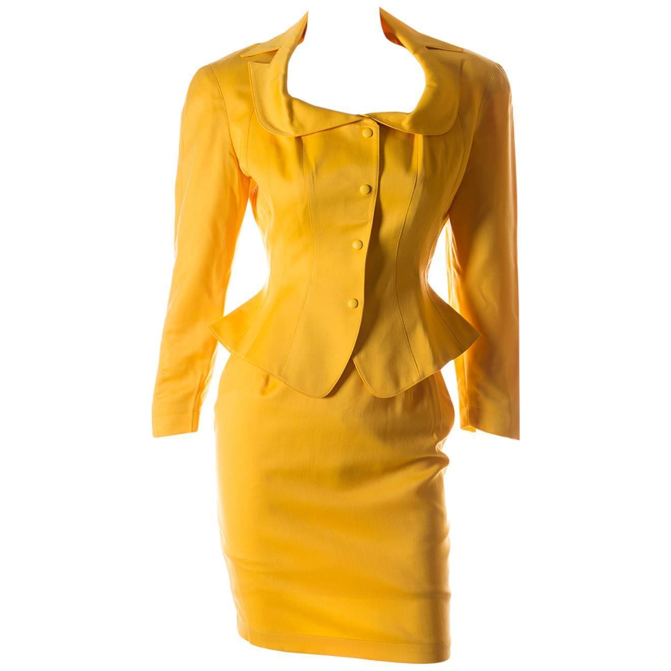 Yellow Skirt Suit 60