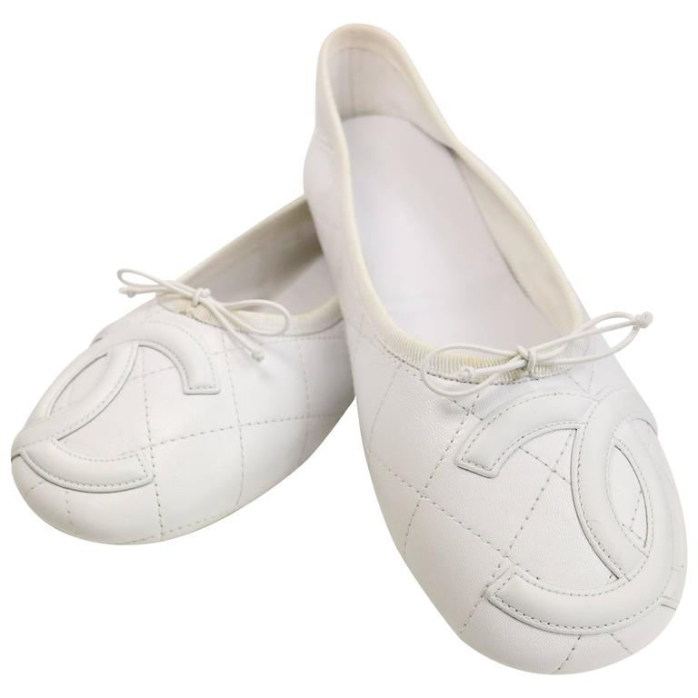 Chanel White Leather Quilted Cambon Flats  For Sale