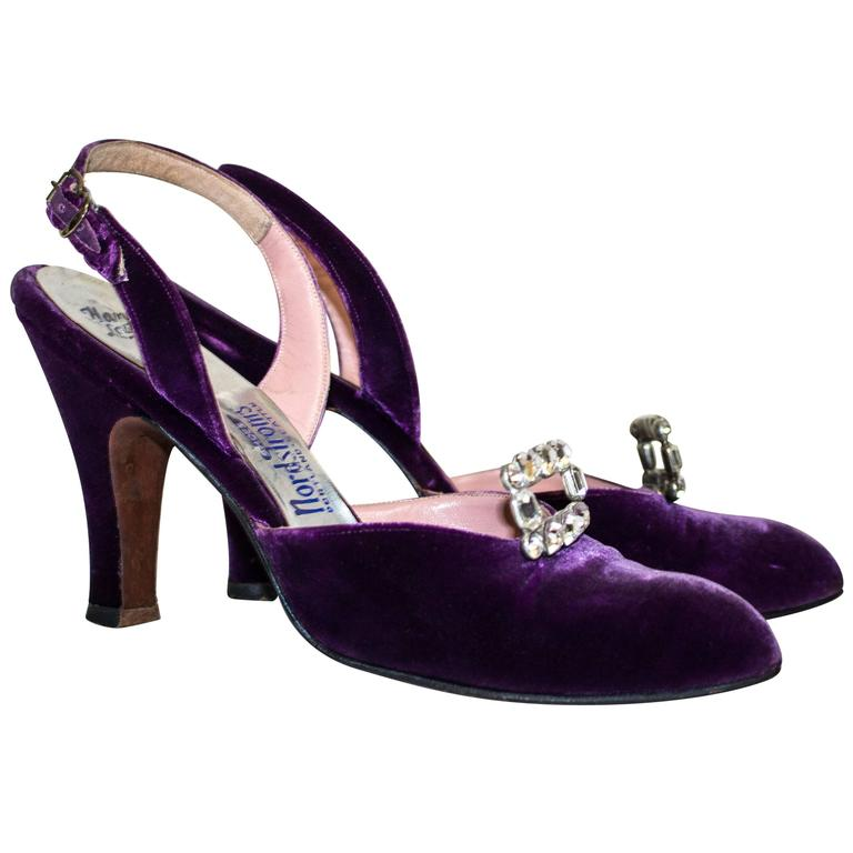 Levine 50s Purple Velvet Slingback Heels with Rhinestones  For Sale