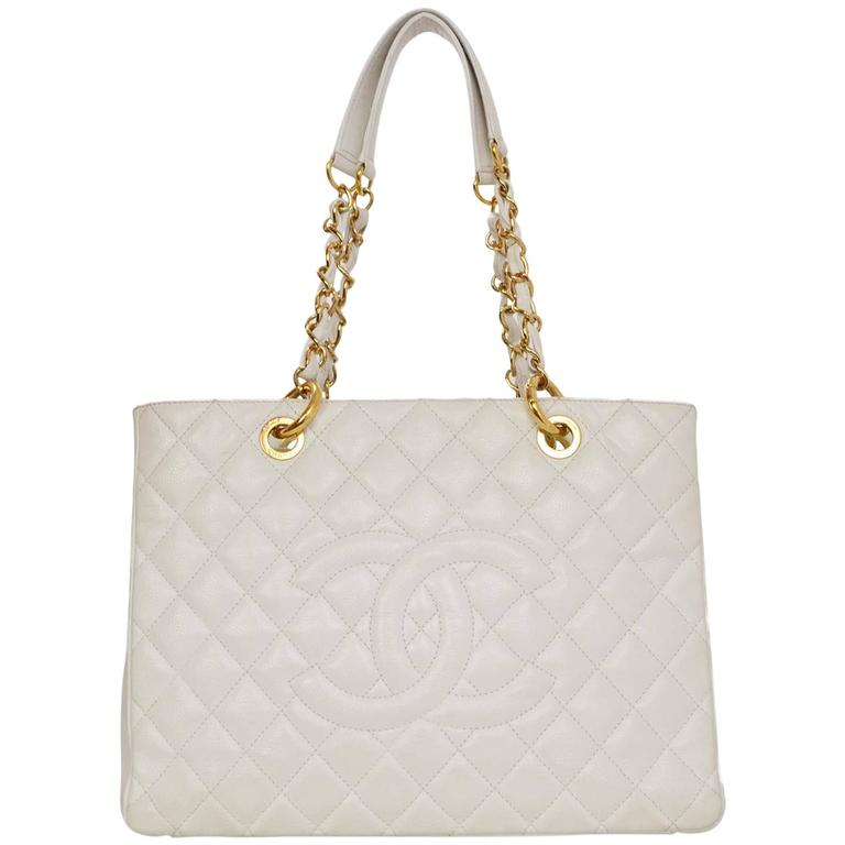 590d664ec6a Chanel White Quilted Caviar Grand Shopper Tote GST Bag GHW For Sale ...