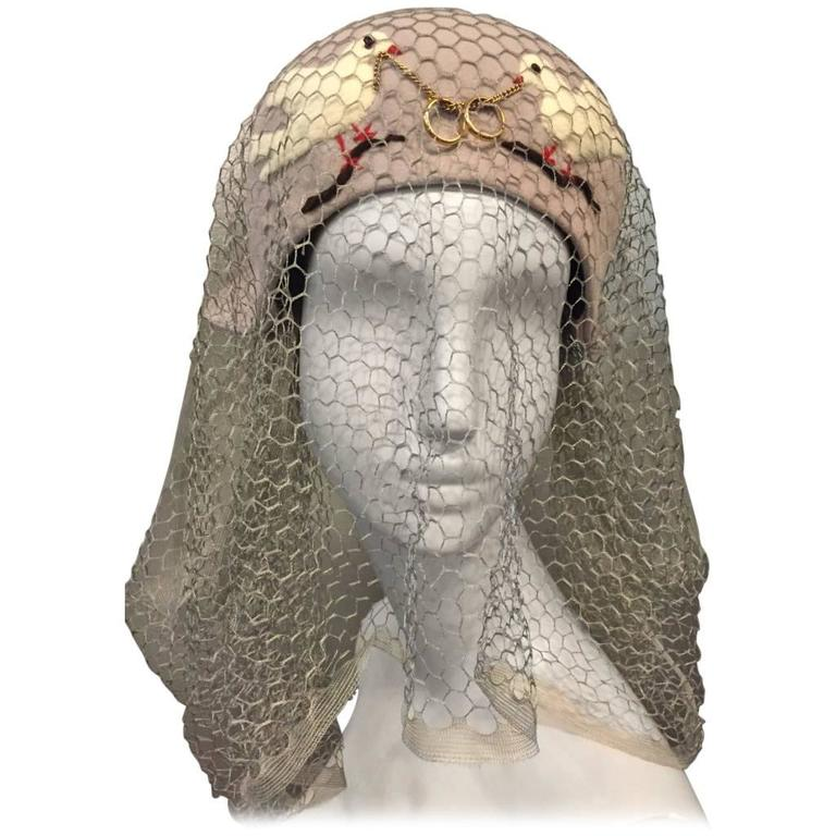1940s Irina Roublon Couture Hat w Dove Appliqués, Veiling and 14K Gold Rings For Sale