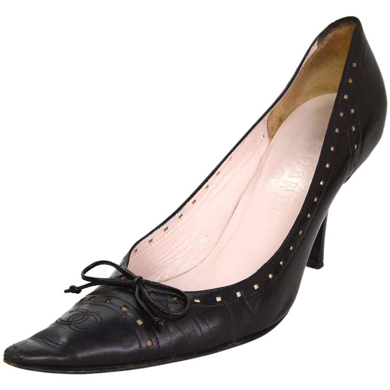 Chanel Perforated Black Pointed Toe Pumps Sz 38.5 1