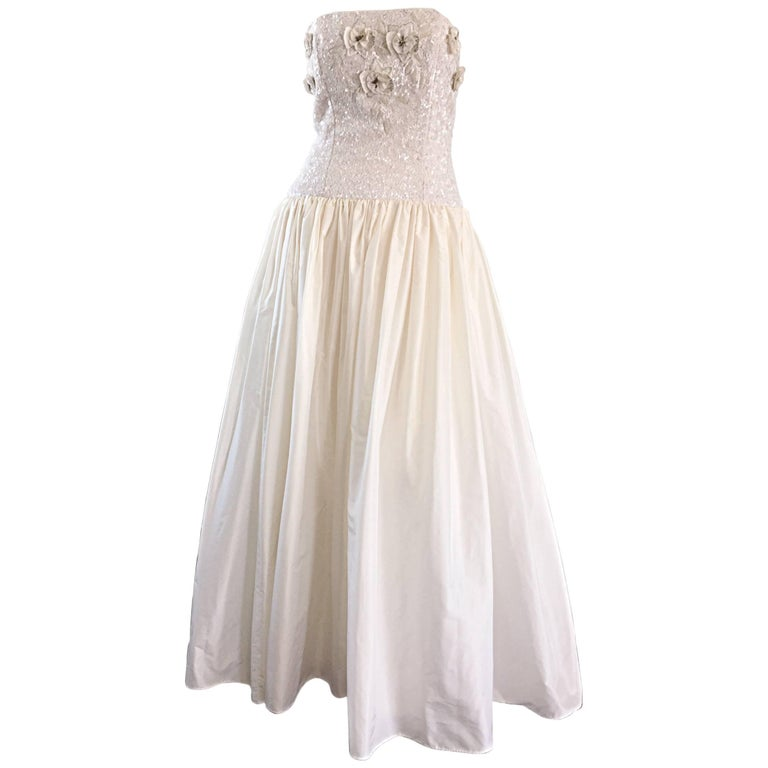 Beautiful Vintage Richilene White Silk Taffeta Sequin Beaded Evening Gown Dress For Sale