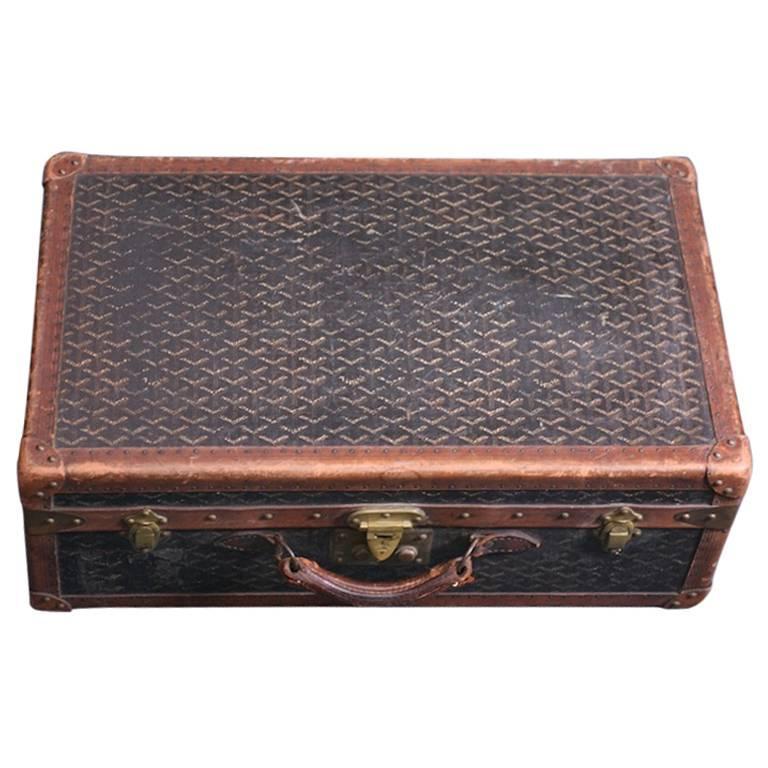 Early Maison Goyard Suitcase For Sale