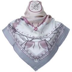 Hermes Silk Scarf Chaque Rencontre est Unique Pink Grey 90 cm