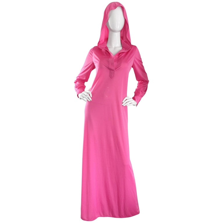 Geoffrey Beene Vintage Pink Hooded Caftan Long Sleeve Maxi Dress For Sale