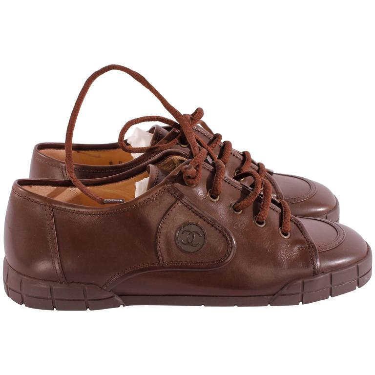 Chanel leather shoes - brown