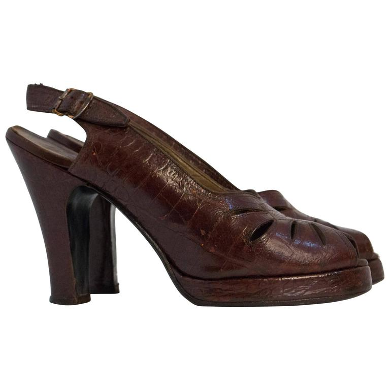 40s Sienna Brown Peep Toe Platforms with Cutouts Size 6 For Sale