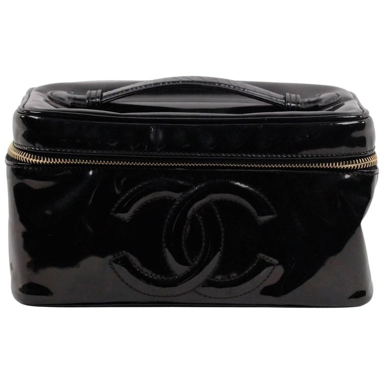 2c5d09a82c2ef6 CHANEL Black Patent Leather COSMETIC BAG Vanity Case HANDBAG Purse For Sale