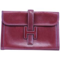 Vintage Hermes Jige Cluth in Bordeaux Box Leather