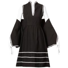 1960s Oscar de la Renta Vintage Black + White Dress + Wrap Ensemble