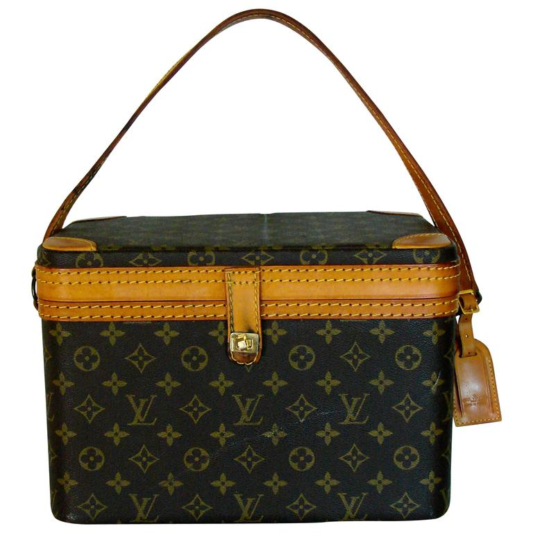 9d9aa22c918c Unusual Louis Vuitton Monogram Train Case or Carry On Bag + Luggage Tag  1980s For Sale