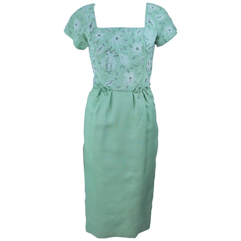 1950's Sage Green Dress with White Floral Embroidery and Beading Size 2 4