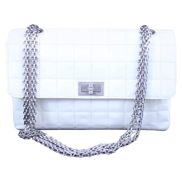 Chanel 2.55 Patented Leather Bag Silwer Hardware