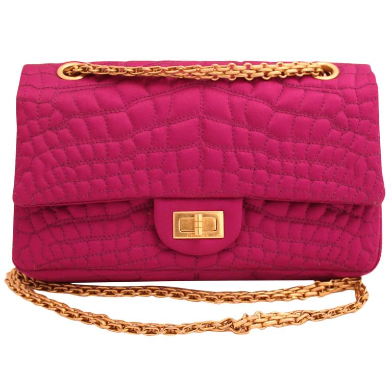 Chanel 2.55 Double Flap bag with golden hardware For Sale