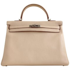 Hermès Kelly Bag, Blush Clèmence Leather, 35cm