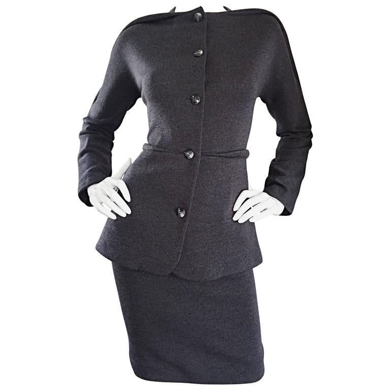 Geoffrey Beene Vintage Charcoal Gray 1990s Avant Garde Skirt Suit Ensemble Sz 6 For Sale