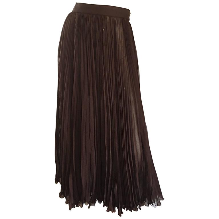 Exceptional Vintage Valentino Chocolate Brown Silk Chiffon Pleated Midi Skirt For Sale