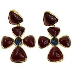 Chanel Vintage Goldtone Burgundy Gripoix Clover Drop Clip-On Earrings