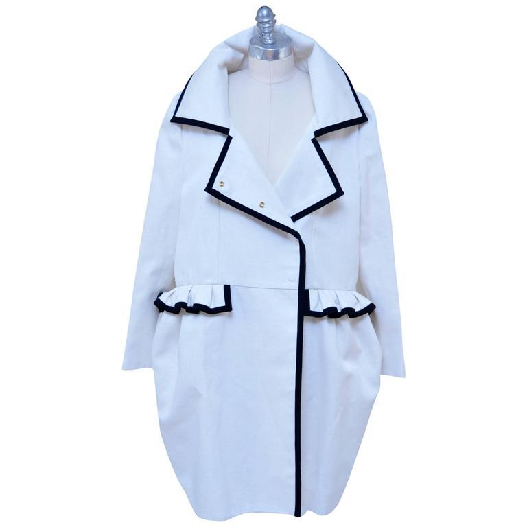 Stefano Pilati For YSL Yves Saint Laurent Resort 2010 Coat  NEW For Sale