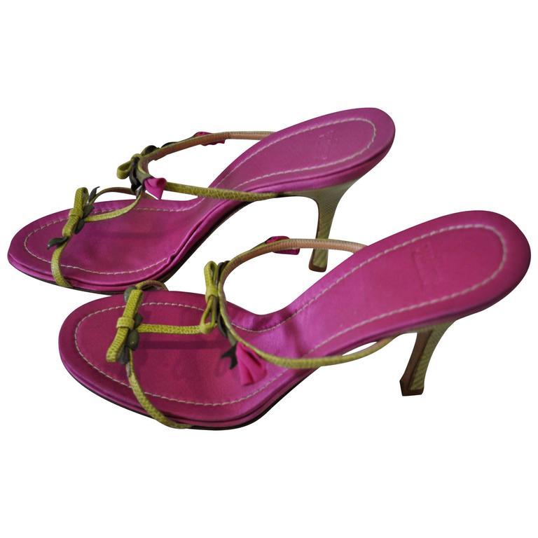 Unique Valentino Lizard and Rosebud Stap Leather Sandals