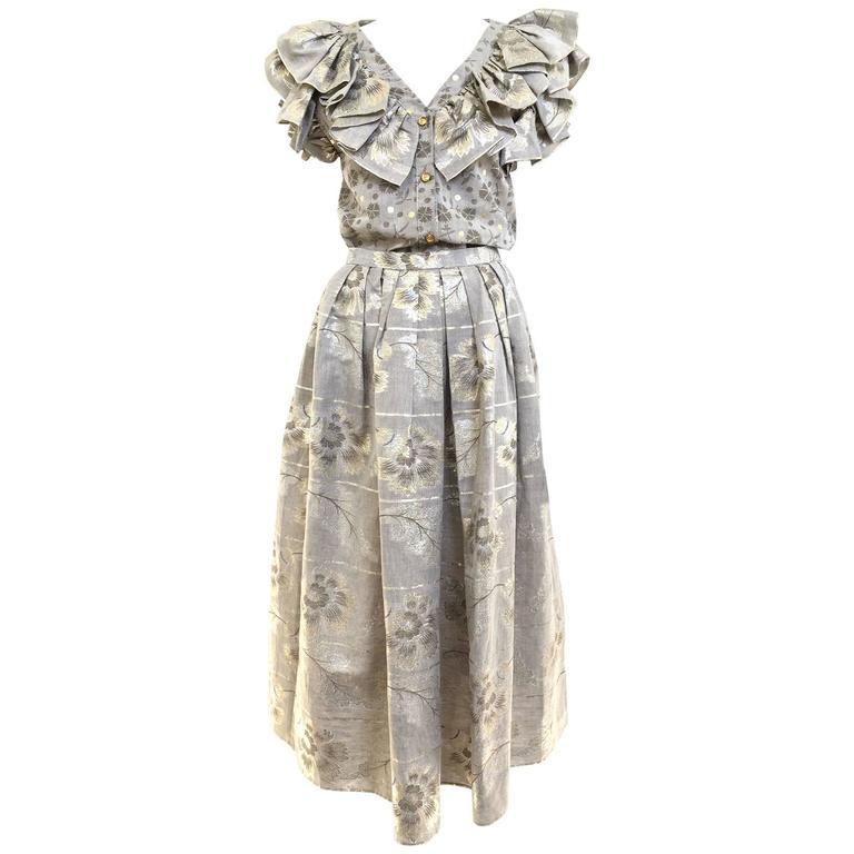 70s Oscar De La Renta grey and gold metallic linen 2 pcs For Sale