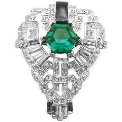Kenneth Jay Lane Emerald Green & Clear Crystal Statement Ring
