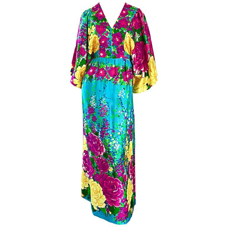 83224e7c3d VINTAGE Evelyn Margolis Hilo Hattie 1970s Colorful 70s Kimono Caftan Maxi  Dress For Sale