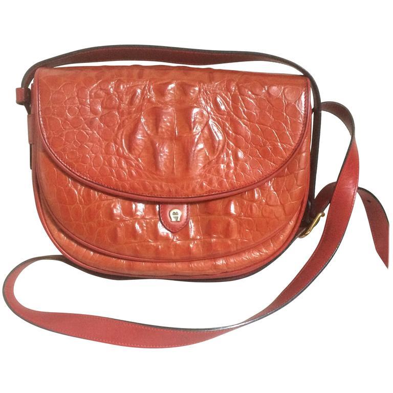 Vintage Etienne Aigner alligator embossed leather shoulder purse. Stunning color