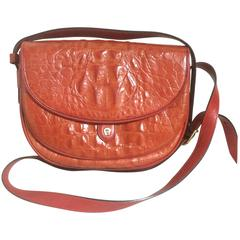 Vintage Etienne Aigner alligator embossed leather shoulder purse. Stunning color