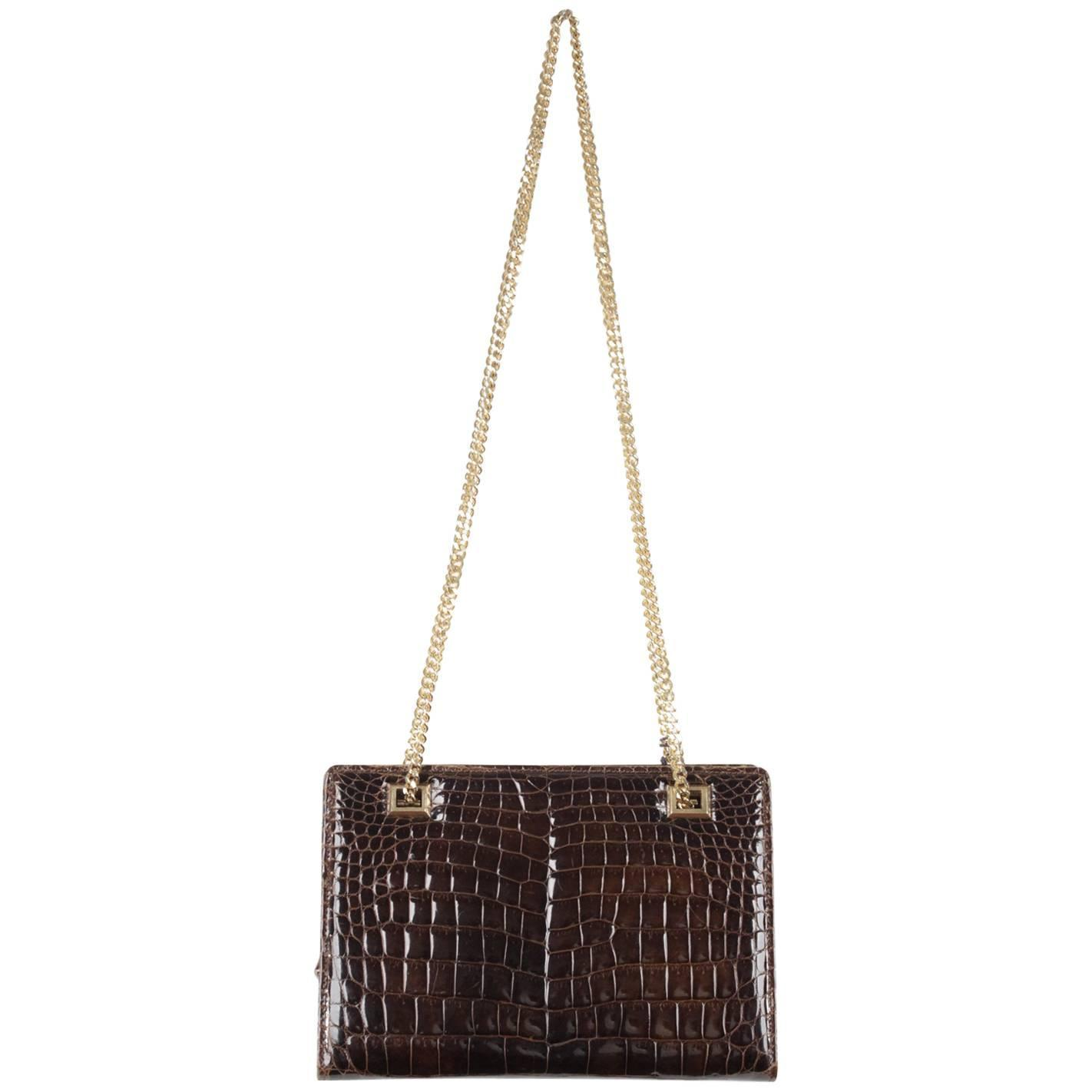 3915d13759fa GUCCI VINTAGE Brown CROCODILE Leather SHOULDER BAG w/ Chain Straps For Sale  at 1stdibs