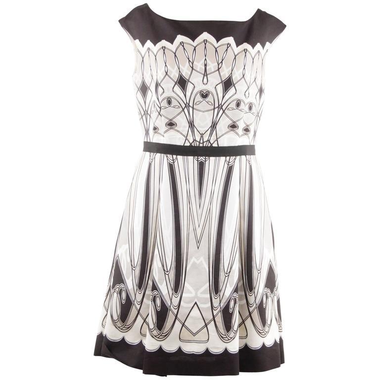 BLUMARINE Black White Beige ART DECO Print FIT And FLARE
