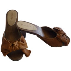 Miu Miu Tan Leather Studded Clogs in Excellent Condition 37 1/2