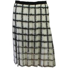 Oscar de la Renta Ivory & Black silk chiffon beaded pleated skirt-4-Circa 2012