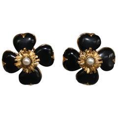 Goossens Paris Black Onyx Clover Clip Earrings with Pearl Center