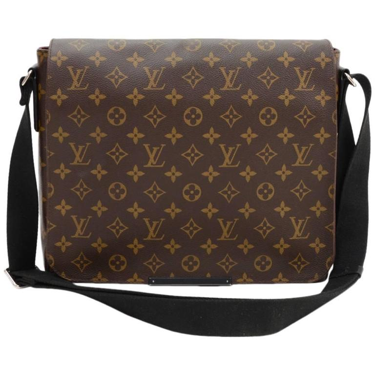 Louis Vuitton District MM Monogram Macassar Canvas Large Messenger Bag For Sale