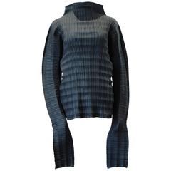 1997 Issey Miyake black accordion pleated top with extra long sleeves