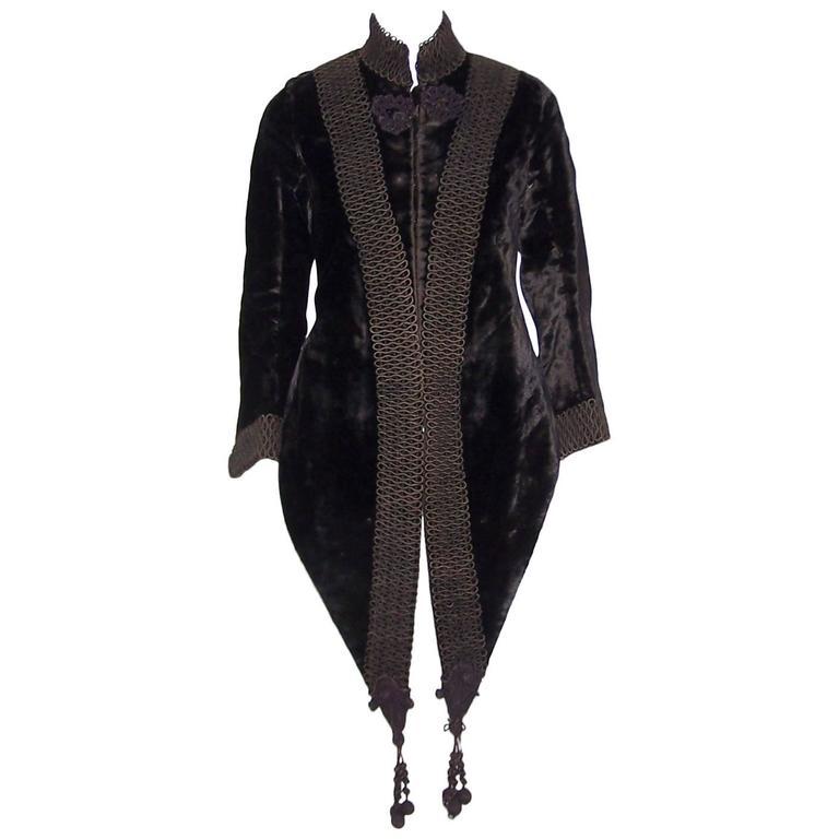 Amazing C.1900 Victorian Velvet Mantle Coat With Soutache & Lappet Tails For Sale