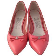 Salvatore Ferragamo Low Heel Pink Shoes S.37