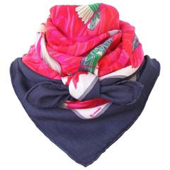 Hermes Scarf Shawl Cashmere and Silk Cols Verts Ducks Red 90 cm