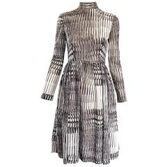 Chic Vintage Mollie Parnis 1960s Brown, White and Gold Lurex 60s A - Line Dress