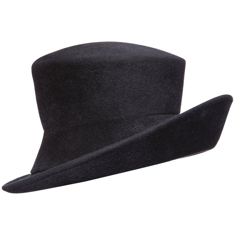 Philip Treacy Navy Blue Wool Felt Hat For Sale